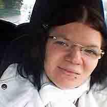 Abbildung: Stephanie Heil, Betroffene mit einem Ileostoma ist Ansprechpartnerin des Stoma-Treff Fulda