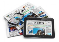 Electronic and paper media concept, Copyright Oleksiy Mark, Fotolia