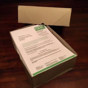 Das Paket zur Übergabe der Unterschriftenlisten an die DAK-Gesundheit